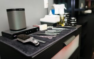 Hair salon air purifier